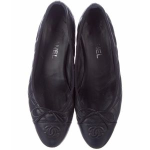 CHANEL Quilted Cap-toe Aged Calfskin Ballerinas